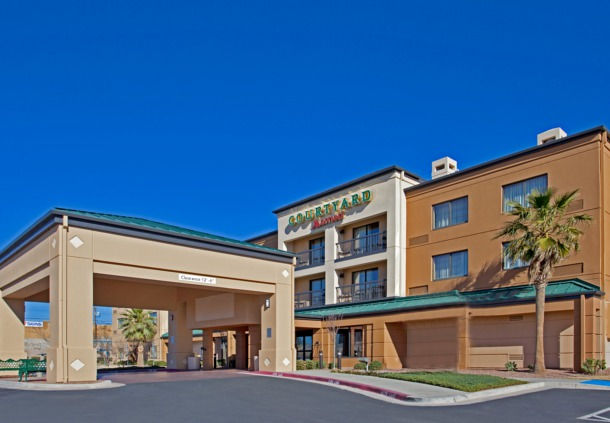 Hotel with Parking Facility Courtyard El Paso, TX 79925